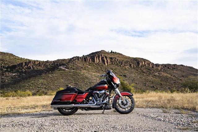 2021 Harley-Davidson Touring CVO Street Glide at Texoma Harley-Davidson