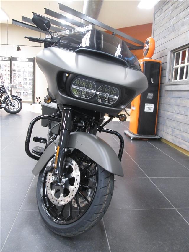 2019 Harley-Davidson Road Glide Special at Hunter's Moon Harley-Davidson®, Lafayette, IN 47905