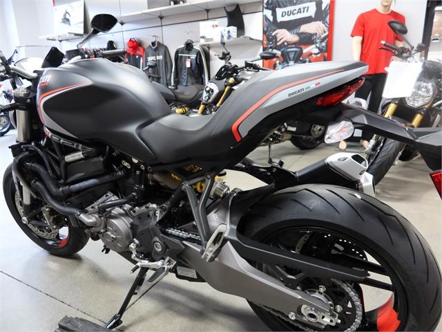2021 Ducati Monster 821 Stealth at Frontline Eurosports
