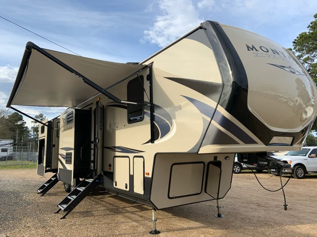 2019 Keystone Montana High Country 362RD 362RD at Campers RV Center, Shreveport, LA 71129