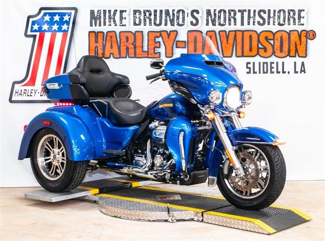 2017 Harley-Davidson Trike Tri Glide Ultra at Mike Bruno's Northshore Harley-Davidson