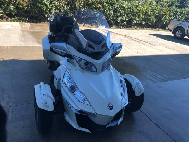 2014 Can-Am™ Spyder RT at Kent Powersports, North Selma, TX 78154