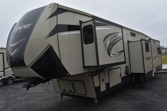 2019 Forest River Sandpiper 372LOK at Youngblood Powersports RV Sales and Service