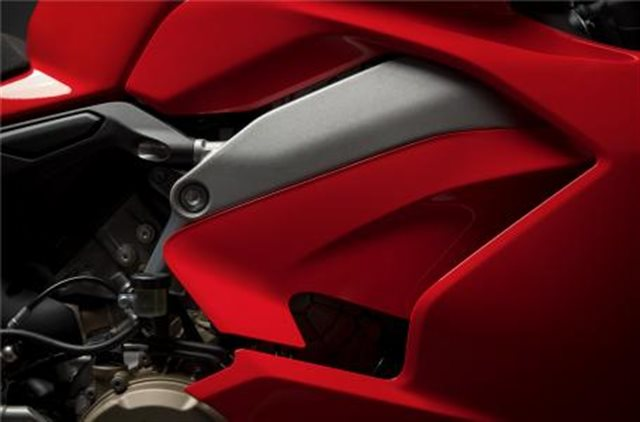 2019 Ducati Panigale V4 S at Frontline Eurosports