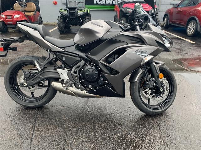 2021 Kawasaki Ninja 650 ABS Metallic Graphite Gray/Metallic Spark Black ABS at Powersports St. Augustine