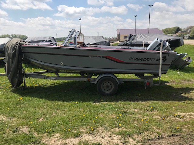 1987 Alumacraft Trophy 170 at Boat Farm, Hinton, IA 51024