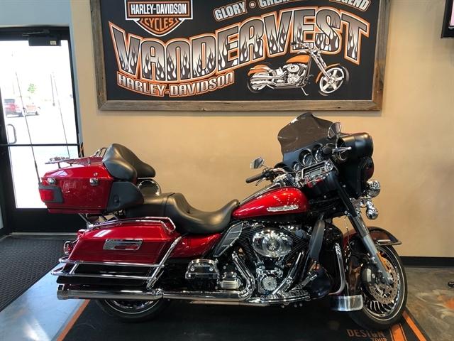 2013 Harley-Davidson Electra Glide Ultra Limited at Vandervest Harley-Davidson, Green Bay, WI 54303