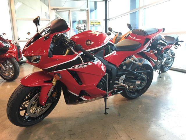2018 Honda CBR600RR Base at Kent Powersports of Austin, Kyle, TX 78640