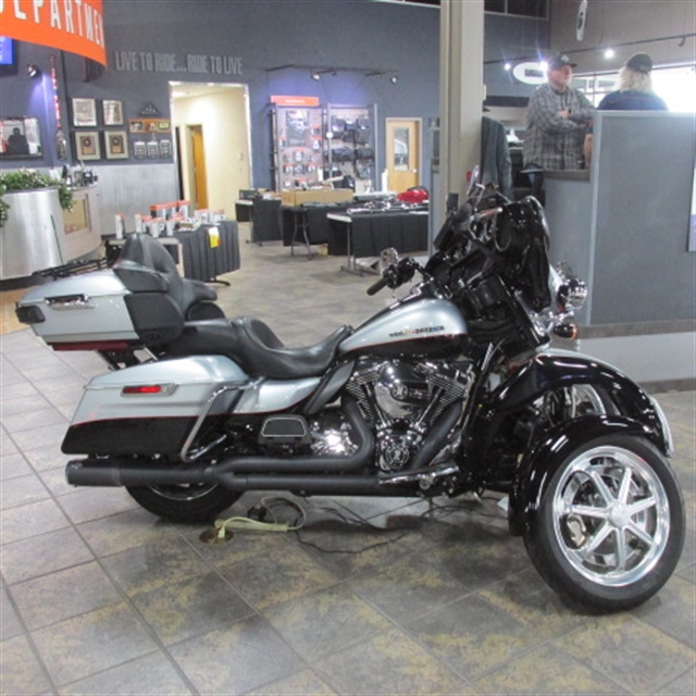 2015 Harley-Davidson Electra Glide Ultra Limited at Bumpus H-D of Memphis