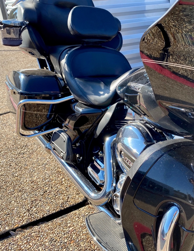2016 Harley-Davidson Road Glide Ultra at Shreveport Cycles