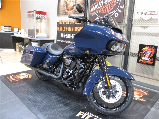 2019 Harley-Davidson Road Glide Special Special at Hunter's Moon Harley-Davidson®, Lafayette, IN 47905