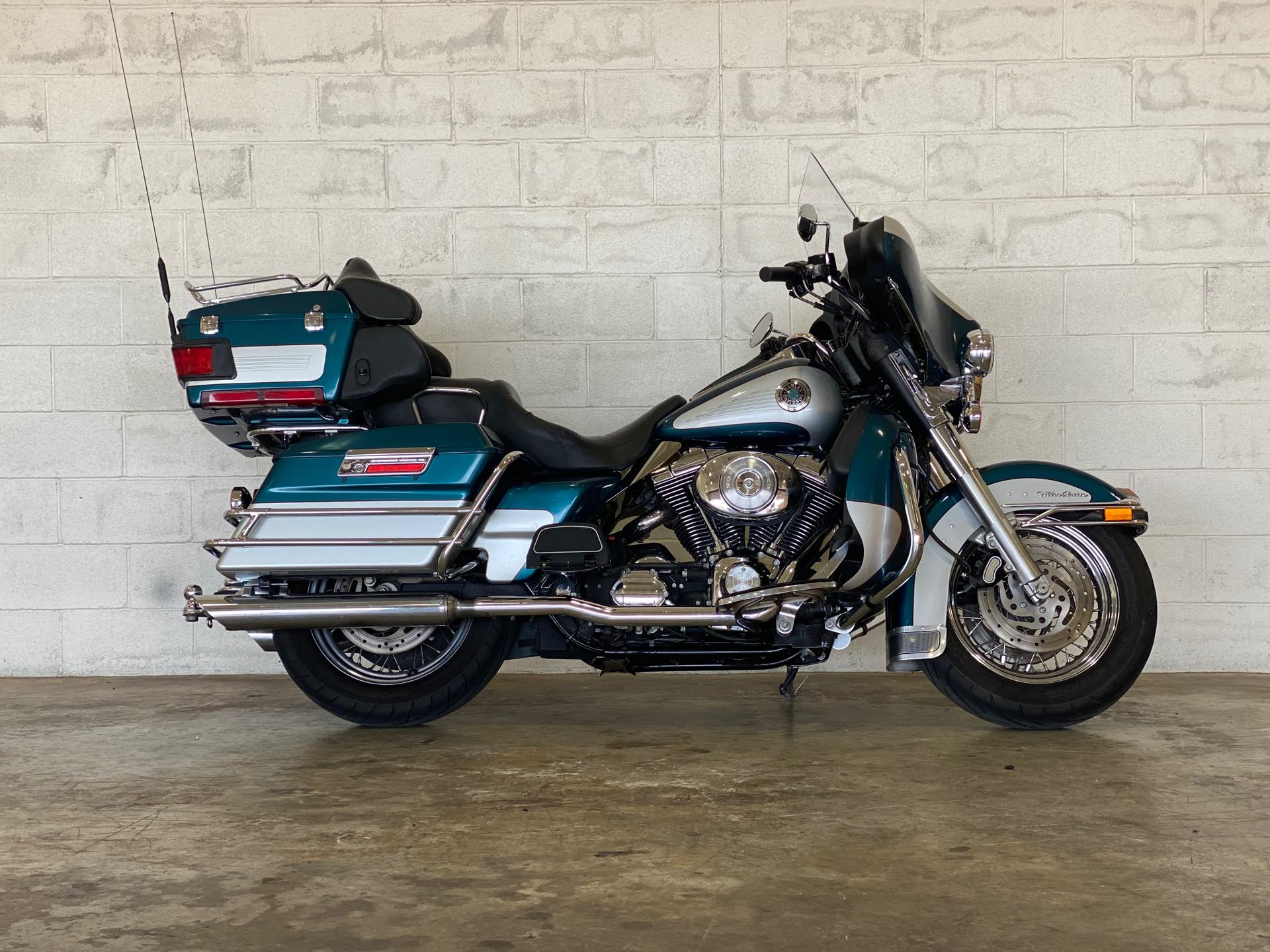 2004 Harley-Davidson Electra Glide Ultra Classic at Twisted Cycles