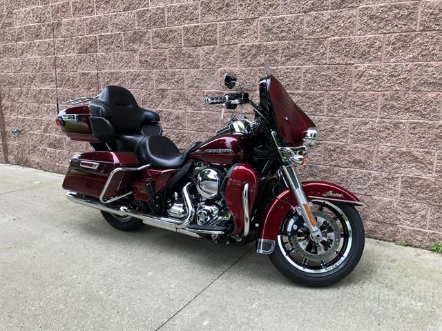 2016 Harley-Davidson Electra Glide Ultra Limited Low at La Crosse Area Harley-Davidson, Onalaska, WI 54650