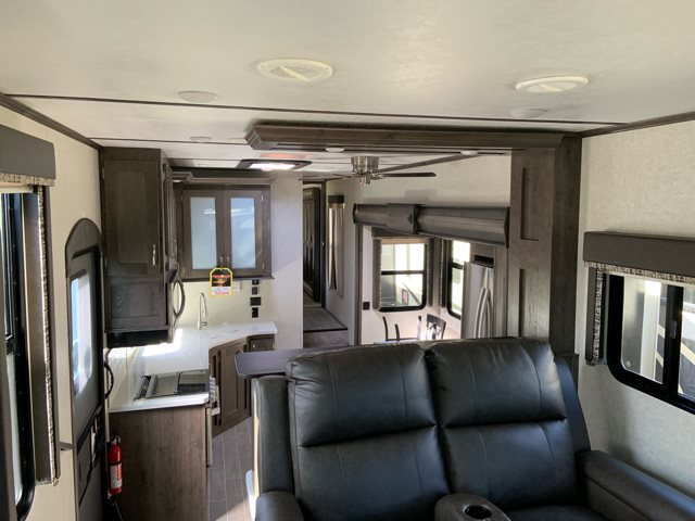 2019 Keystone Rv Montana High Country 381th Toy Hauler