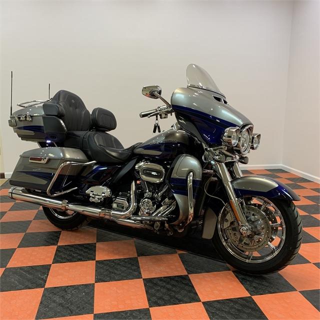 2017 Harley-Davidson Electra Glide CVO Limited at Harley-Davidson of Indianapolis