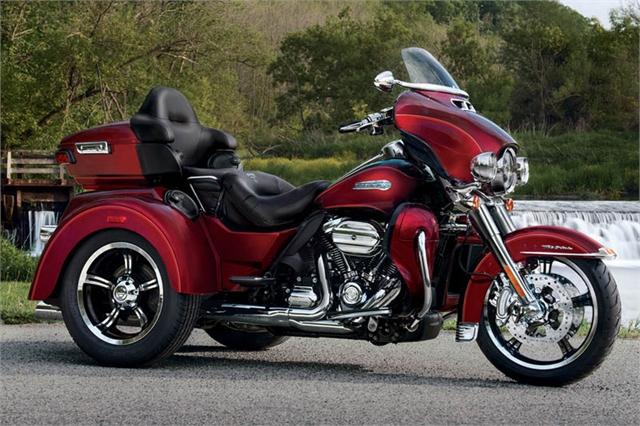 2017 Harley-Davidson Trike Tri Glide Ultra at Outpost Harley-Davidson