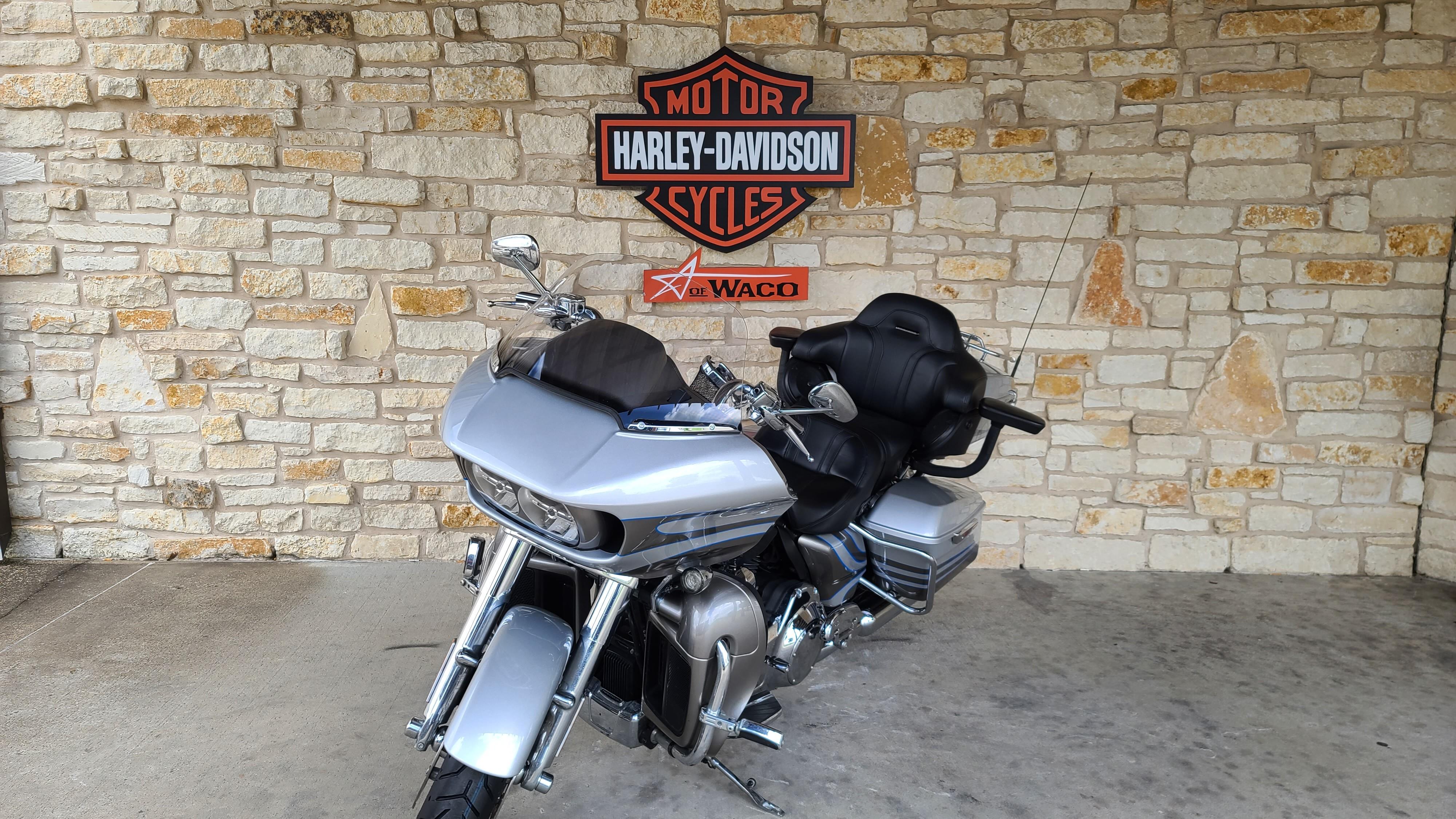 2016 Harley-Davidson Road Glide CVO Ultra at Harley-Davidson of Waco