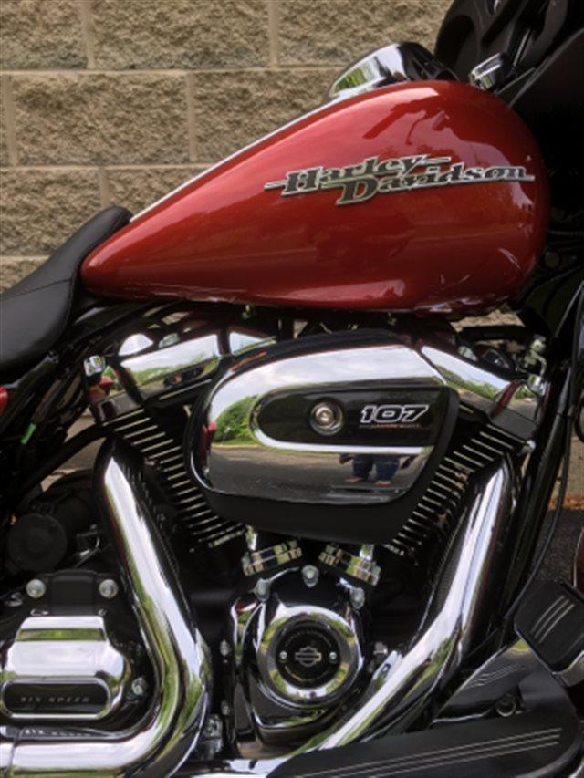 2019 Harley-Davidson Street Glide Base at Bluegrass Harley Davidson, Louisville, KY 40299