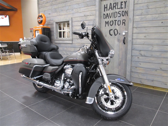 2019 Harley-Davidson Electra Glide Ultra Limited at Hunter's Moon Harley-Davidson®, Lafayette, IN 47905