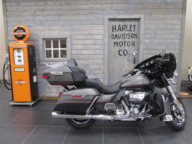 2019 Harley-Davidson Electra Glide Ultra Limited at Hunter's Moon Harley-Davidson®, Lafayette, IN 47905