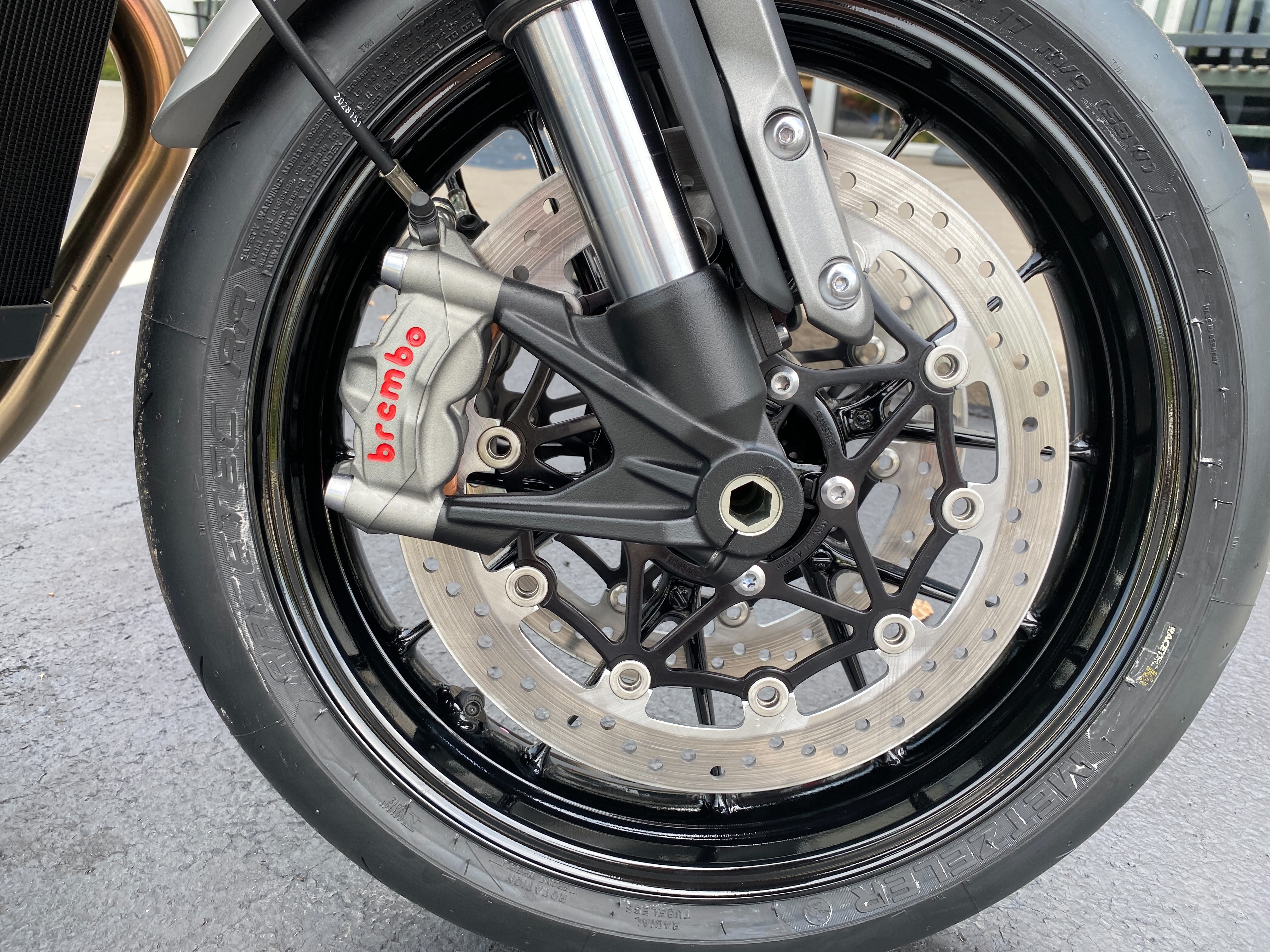 2022 Triumph Speed Twin Base at Frontline Eurosports