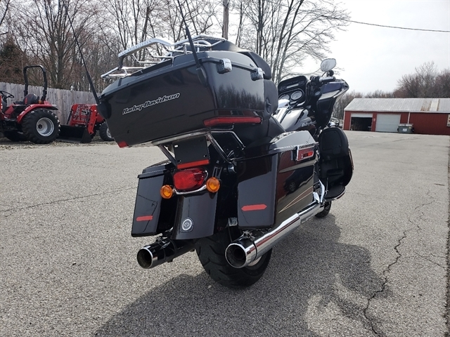 2011 Harley-Davidson Road Glide Ultra at Thornton's Motorcycle - Versailles, IN