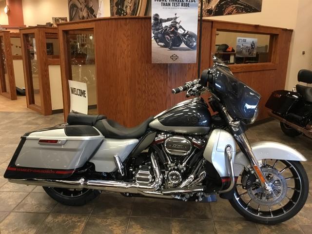 2019 Harley-Davidson Street Glide CVO Street Glide at Bud's Harley-Davidson Redesign