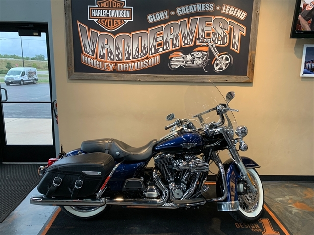 2012 Harley-Davidson Road King Classic at Vandervest Harley-Davidson, Green Bay, WI 54303