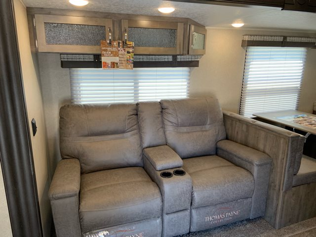 2020 Palomino Puma 31FKRK Front Kitchen at Campers RV Center, Shreveport, LA 71129