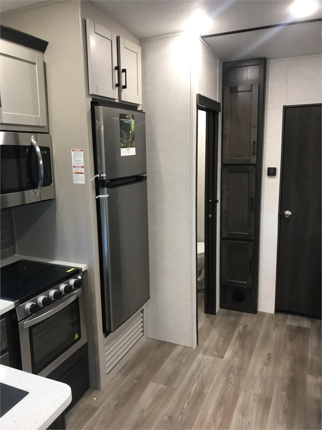 2021 CrossRoads Cruiser Aire CR30BH at Lee's Country RV