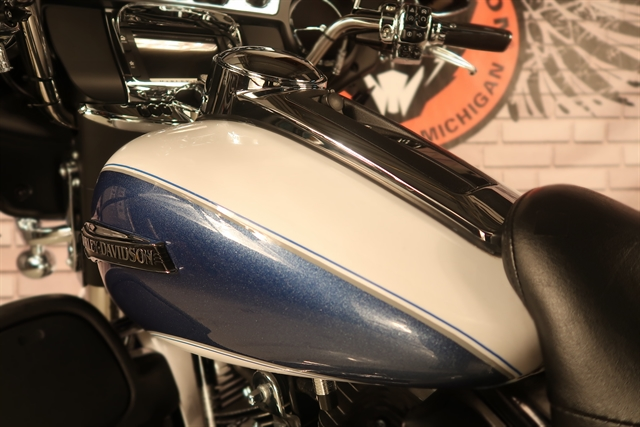 2015 Harley-Davidson Electra Glide Ultra Classic Low at Wolverine Harley-Davidson