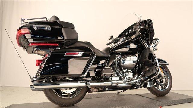 2017 Harley-Davidson Electra Glide Ultra Limited at Wolverine Harley-Davidson