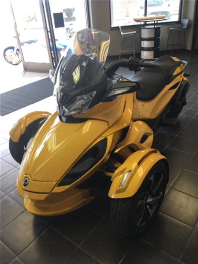 2014 Can-Am™ Spyder ST at Champion Motorsports, Roswell, NM 88201