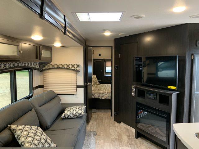 2019 Venture SportTrek Touring Edition 343VBH Bunk Beds at Campers RV Center, Shreveport, LA 71129