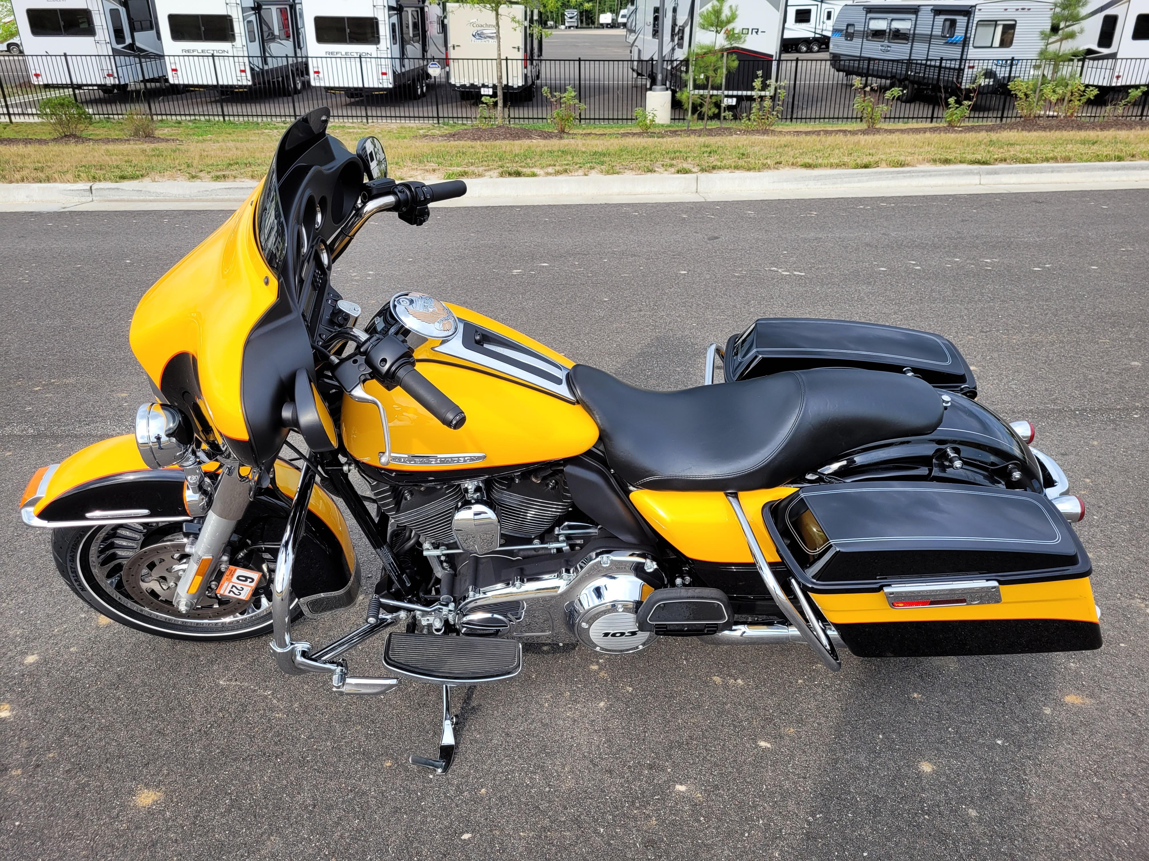 2013 Harley-Davidson Electra Glide Ultra Limited at Richmond Harley-Davidson