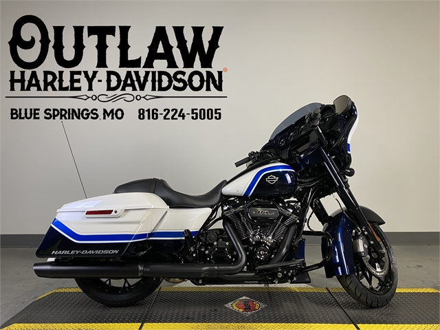 2021 Harley-Davidson Grand American Touring Street Glide Special at Outlaw Harley-Davidson