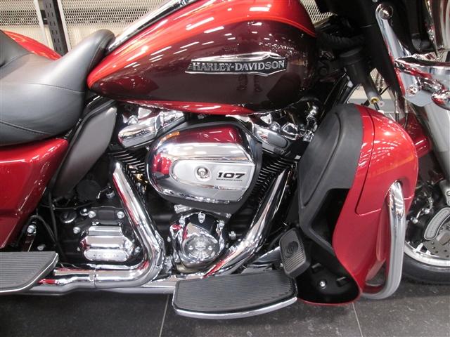 2018 Harley-Davidson Trike Tri Glide Ultra at Hunter's Moon Harley-Davidson®, Lafayette, IN 47905