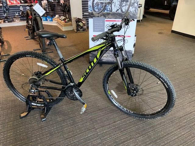 2017 SCOTT 940 ASPECT at Full Circle Cyclery