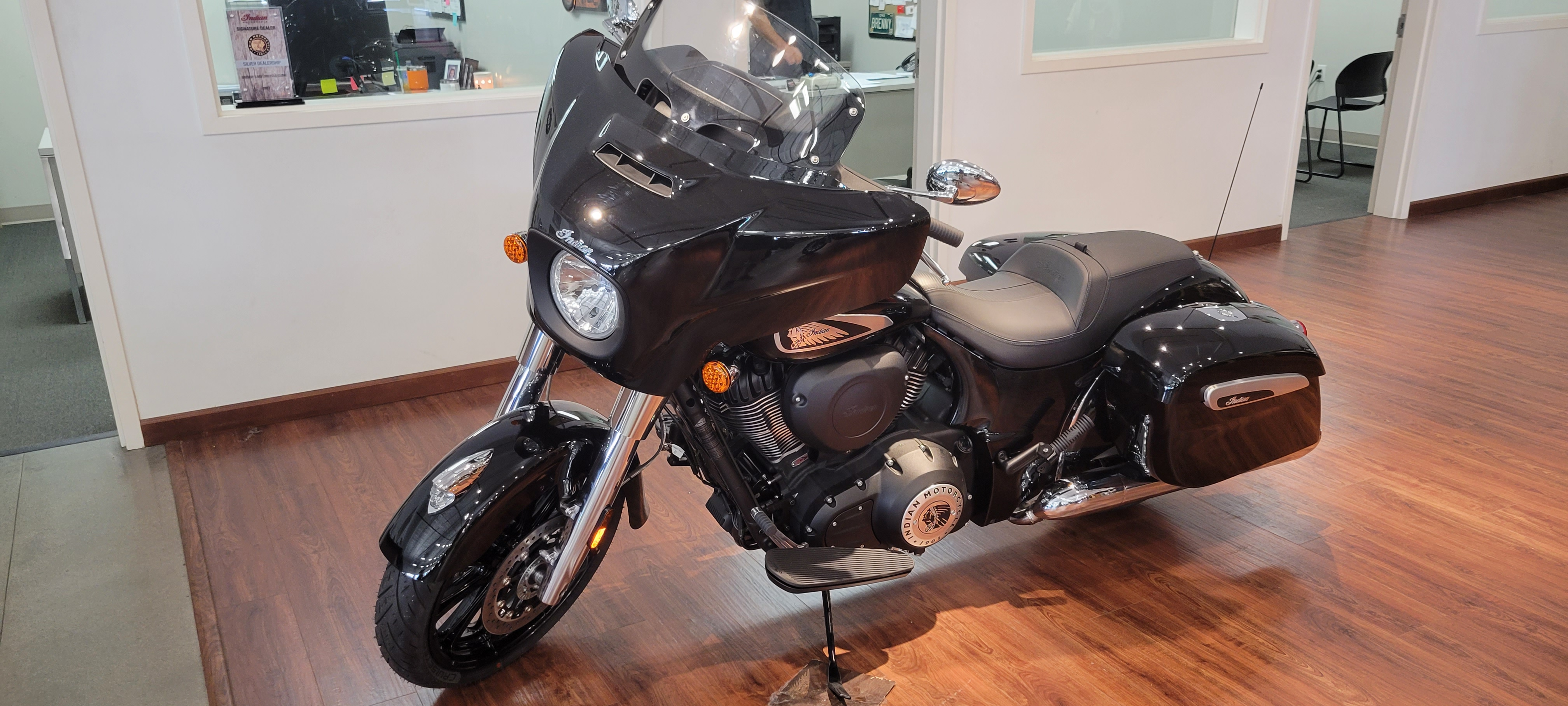 2021 Indian Motorcycle Chieftain at Brenny's Motorcycle Clinic, Bettendorf, IA 52722