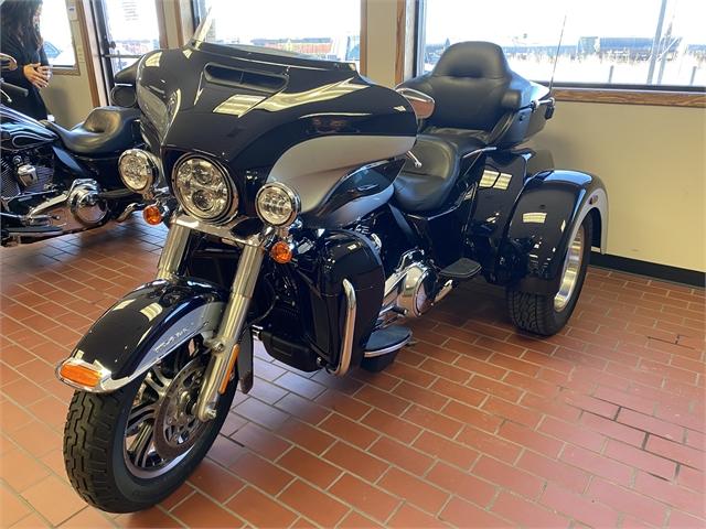 2019 Harley-Davidson Trike Tri Glide Ultra at Rooster's Harley Davidson