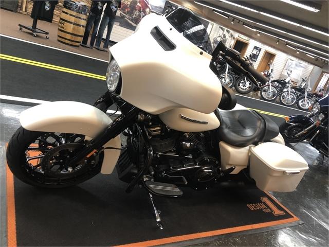 2018 Harley-Davidson Street Glide Special at Holeshot Harley-Davidson