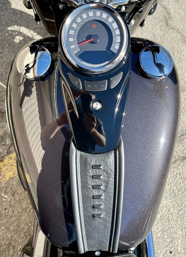 2021 Harley-Davidson Touring FLHCS Heritage Classic 114 at RG's Almost Heaven Harley-Davidson, Nutter Fort, WV 26301