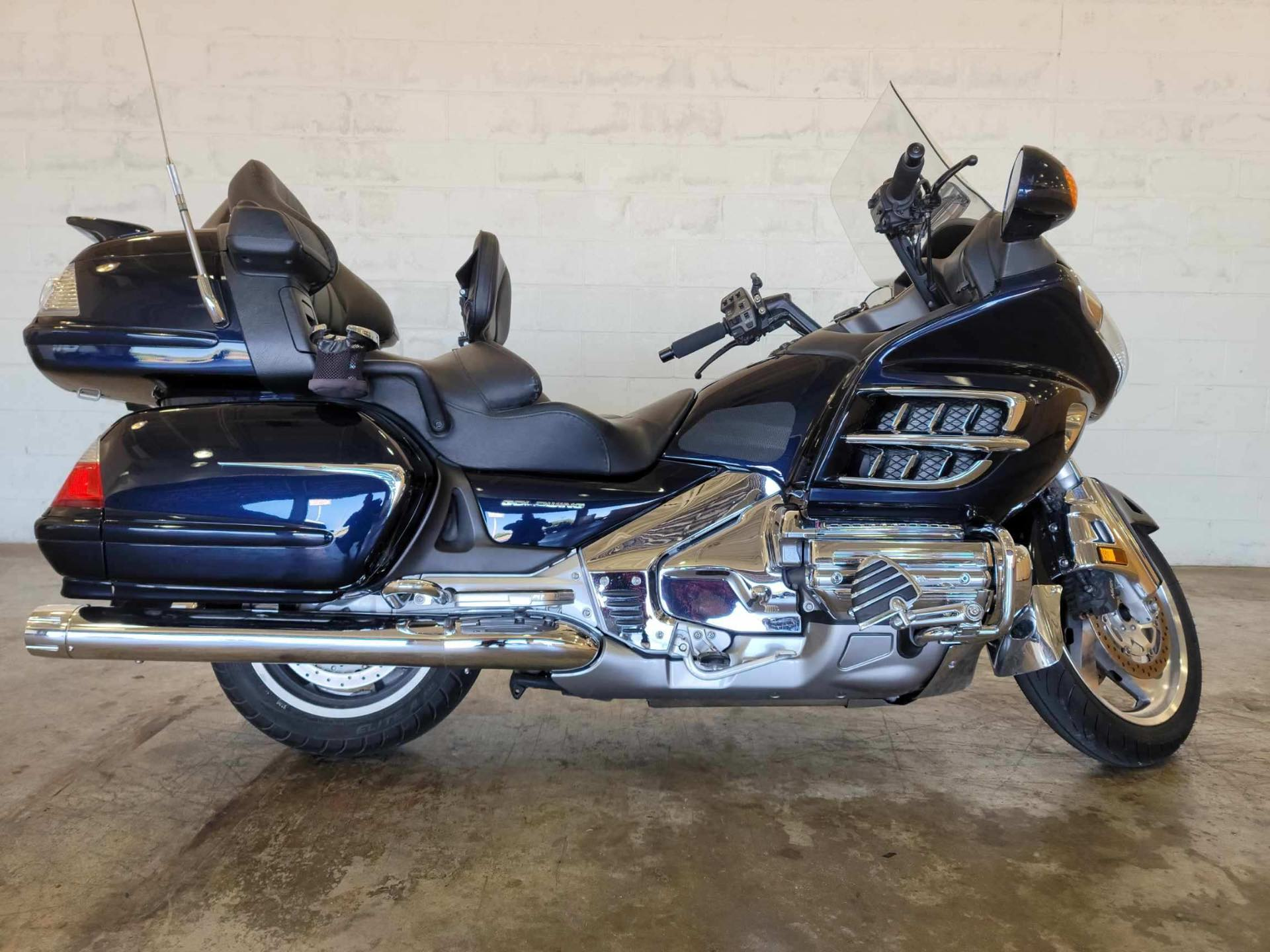 2009 Honda Gold Wing Audio / Comfort at Twisted Cycles