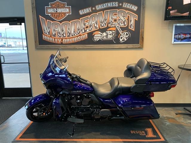 2020 Harley-Davidson Touring Ultra Limited at Vandervest Harley-Davidson, Green Bay, WI 54303