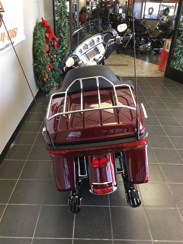 2016 Harley-Davidson Electra Glide Ultra Limited Low at Champion Harley-Davidson