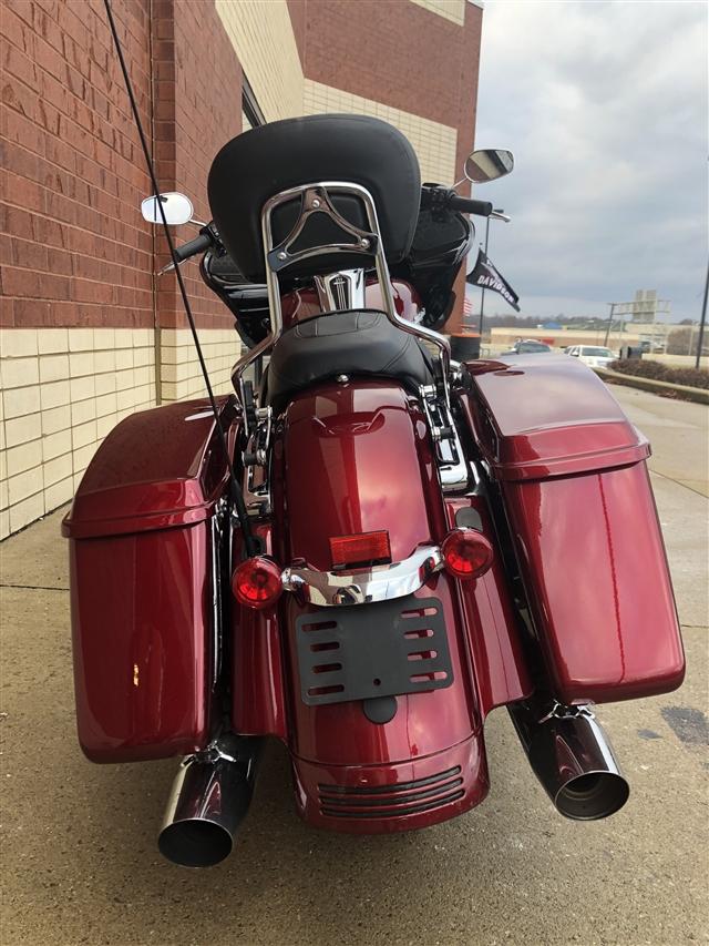 2017 Harley-Davidson Road Glide Special at Harley-Davidson of Fort Wayne, Fort Wayne, IN 46804