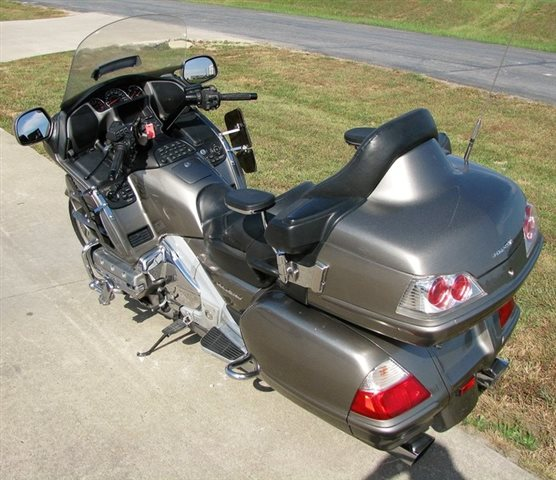 2006 Honda Gold Wing Audio / Comfort at Lincoln Power Sports, Moscow Mills, MO 63362