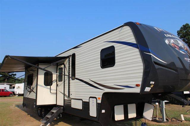 2019 Palomino Puma Unleashed 384FQS Toy Hauler at Campers RV Center, Shreveport, LA 71129