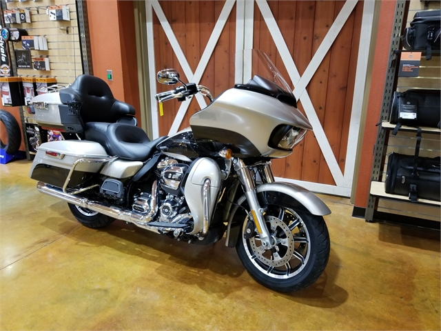 2018 Harley-Davidson Road Glide Ultra at Legacy Harley-Davidson