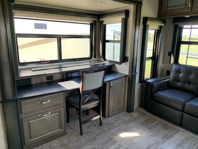 2019 Keystone RV Montana 3561RL Rear Living at Campers RV Center, Shreveport, LA 71129